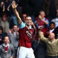 Andy Carroll - WHAM waving