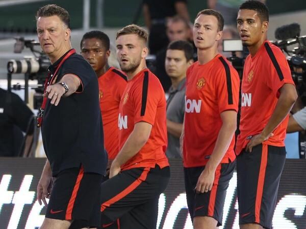 Van Gaal and players