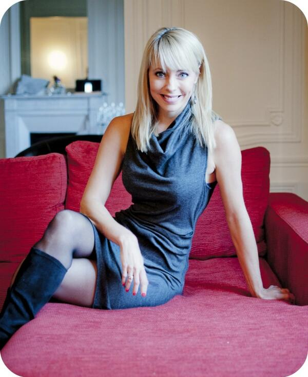 paris-france-elegant-apartment-tonya-leigh-835x1024
