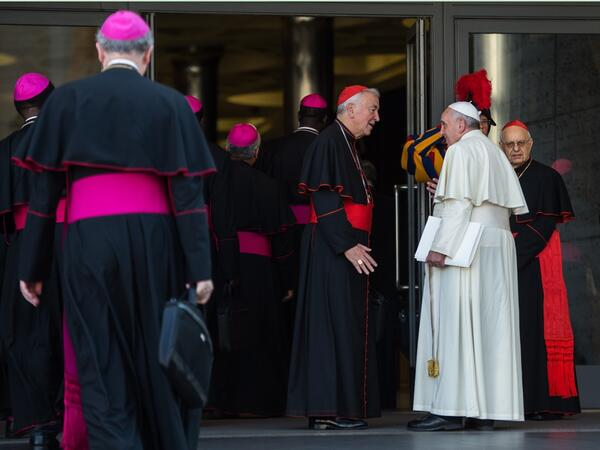 card-nichols-pope-outside-hall