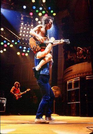 .brian johnson and angus young m 1