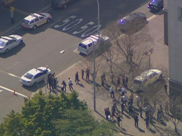 parramatta bomb scare b 110906