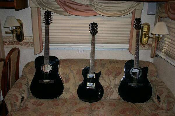 Fender 12 String A-E - Gibson Electric - Ovation 6 String A-E
