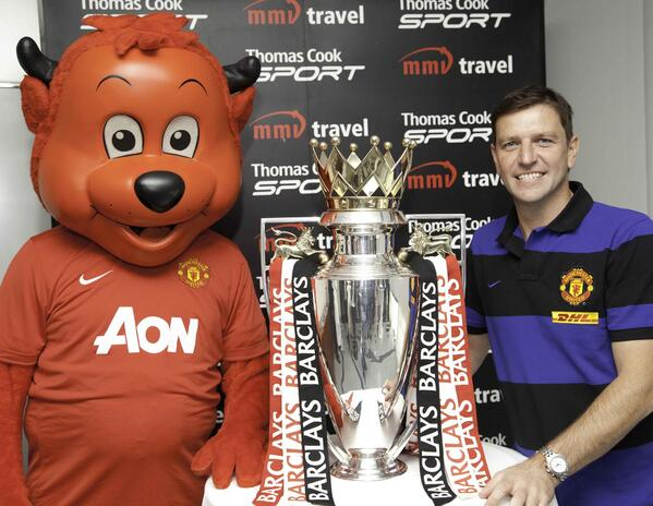 Fred the Red and Lee Sharpe with the Barclay s EPL Trophy 28 February