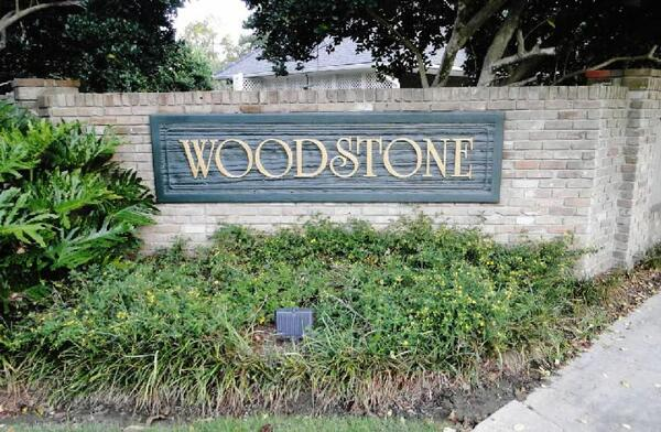 Woodstone Subdivision Entrance Baton Rouge