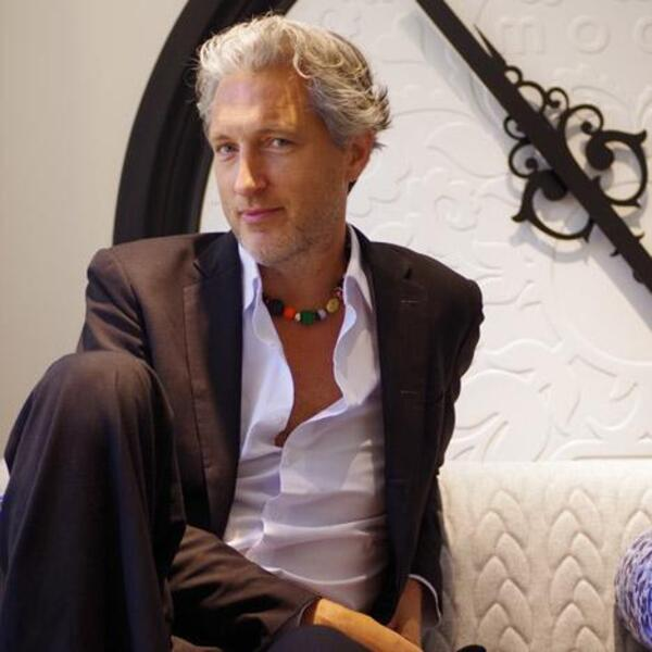 dezeen Marcel Wanders at Moooi showroom 1a
