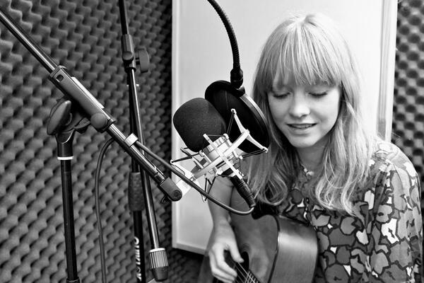 Lucy Rose B W