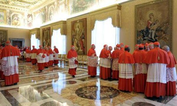Cardinals-after-Pope-Bene-010