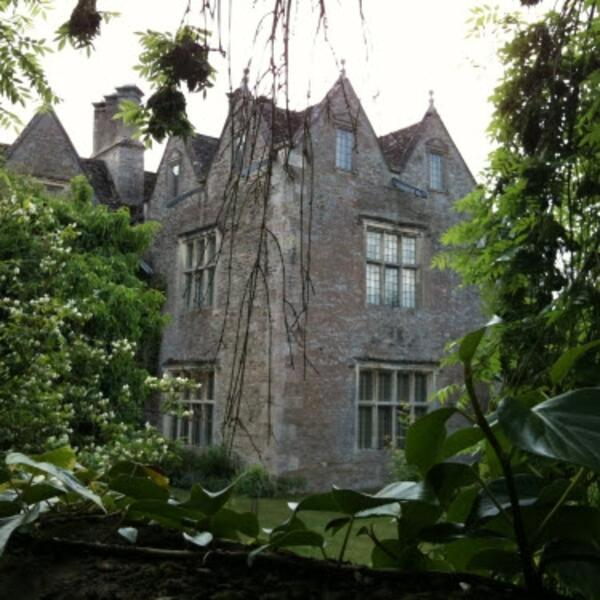 kelmscott-manor-house
