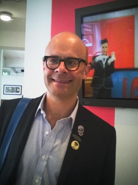 bright harry hill