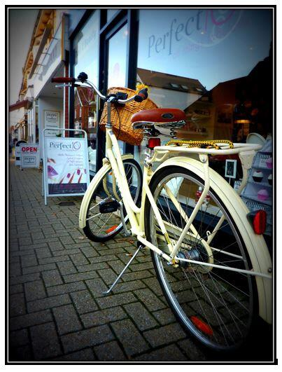 bike outside shop for kickstarter LM