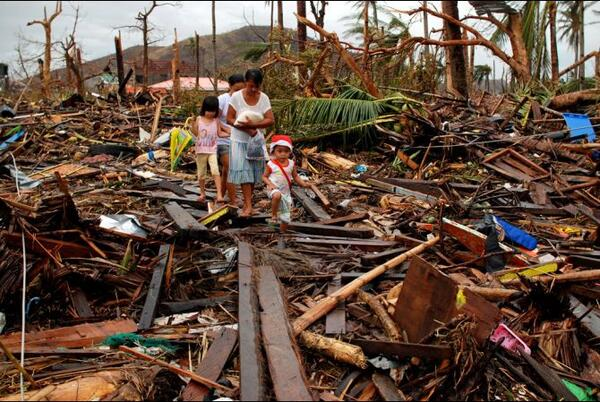 philippines typhoon haiyan aftermath nov 12 2