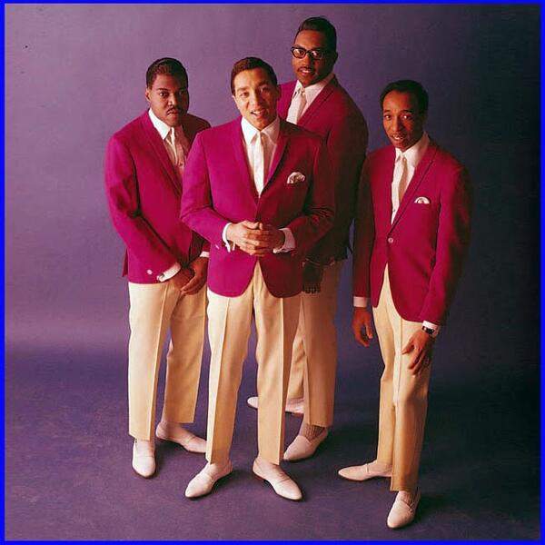 smokey-robinson-the-miracles-132