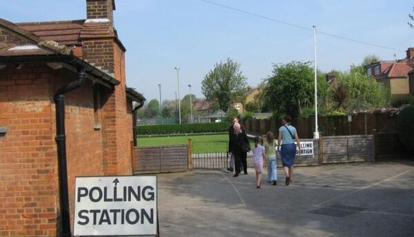 polling-station-610x350