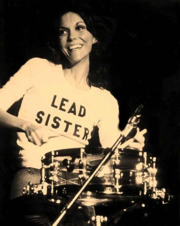 karen carpenter lead sister