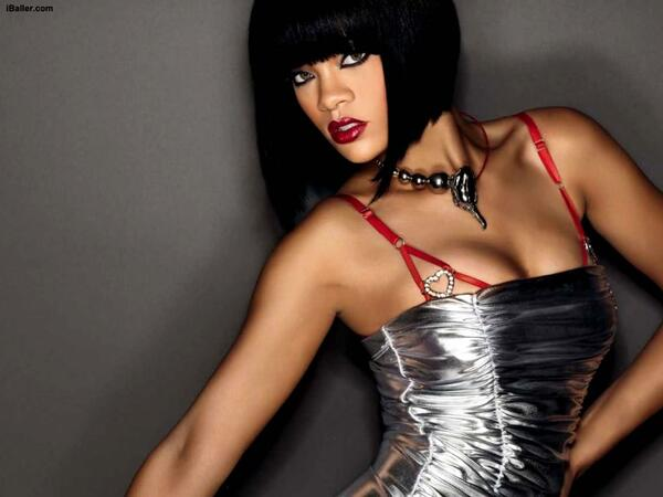 rihanna hot pictures 17