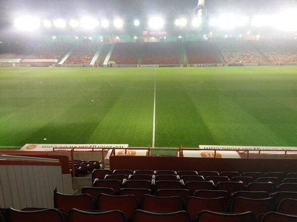 afc pittodrie at night