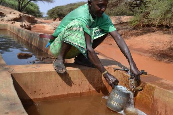 Kenya s drought-hit herders lose out in cut-price land sales-in Kiswahili