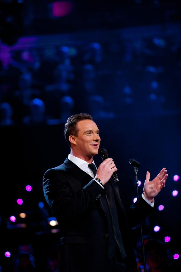 Russell Watson with Mic