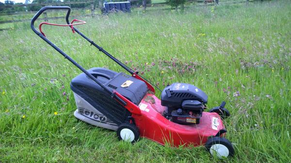 Audiomo 22 Mowing