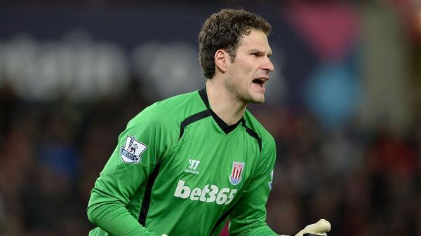 Asmir-Begovic-Stoke-City-2015 3281939