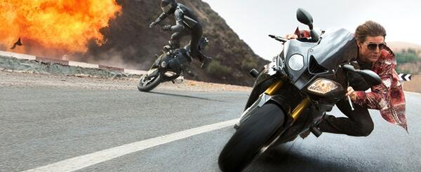 mission-impossible-rogue-nation-motorcycle-explosion 1920.0-e1433808025568