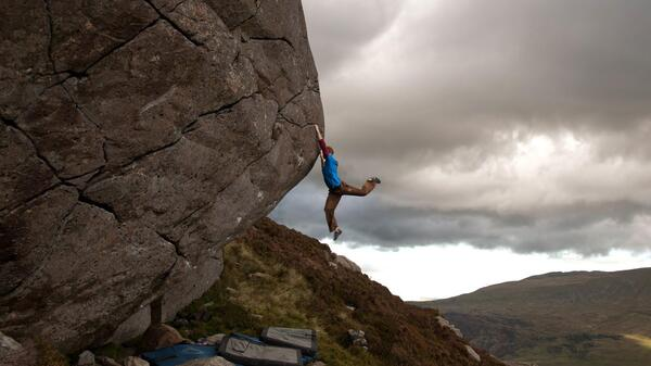 Life On Hold - Ned Feehally on Will Font 8a Llanberis