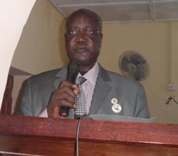 Jonglei governor Kuol Manyang speaking at the state assembly September 26 2011 ST file