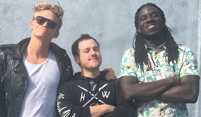 Cody Simpson and The Tide - High Fives and Surfer Vibes