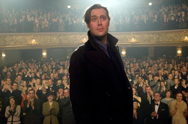 christian mckay in a scene from richard linklaters me and orson welles - photo credit liam daniel