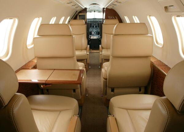 Interior-LearJet-40