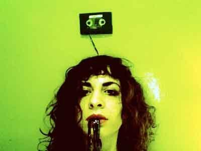 LUCIA LIP - electricity in my head